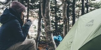 Some-Essential-Camping-Gear-Must-Have-While-Camping-on-hometalk-news