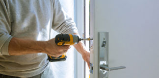 Practical-Tips-to-Fix-a-Squeaky-Door-Easily-on-hometalk-news