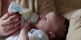 How-Long-You-Can-Keep-Your-Baby-Bottles-&-Treats-on-hometalk-news