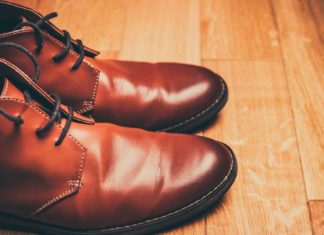 Tips-To-Shine-Your-Shoes-without-Polishing-Them-on-hometalk-news