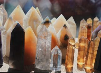 Best-3-Methods-to-Overcome-Anxiety-Using-Crystals-on-hometalk-news