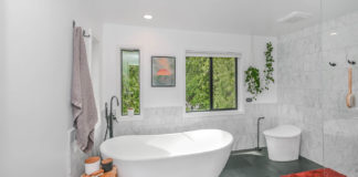 Some-Useful-Tips-to-Create-a-Bathroom-Look-Larger-on-hometalk-news