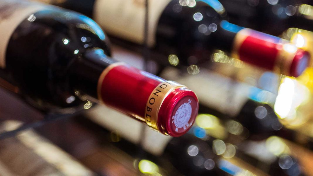 A-Guide-on-Etching-Make-Your-Own-Personalized-Wine-Bottle-on-hometalk